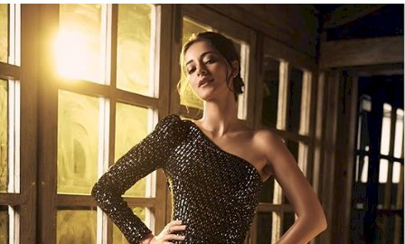 Ananya Panday stuns in black thigh-slit gown for awards night