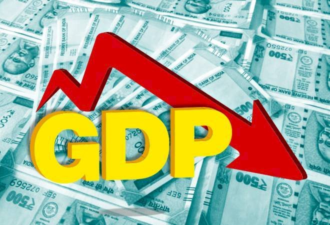 Experts predicts India may face Quarterly GDP  Contraction first in 2 decades