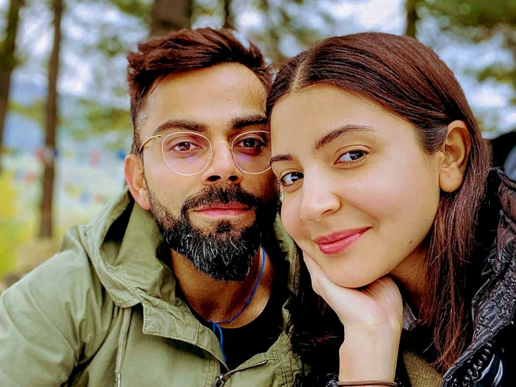 Anushka Sharma gives a haircut to Virat Kohli amid coronavirus lockdown.