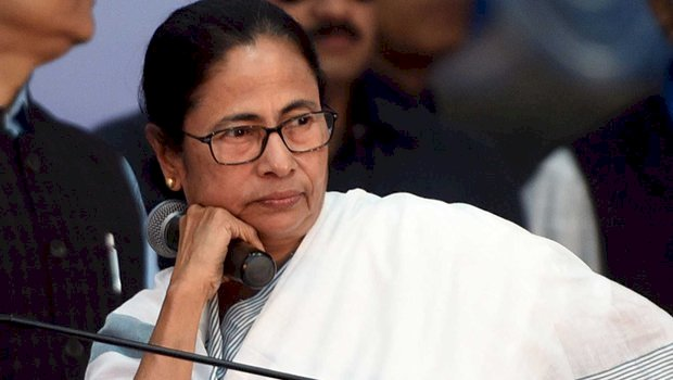 Disinvestment not answer to current economic crisis :Mamata Banerjee