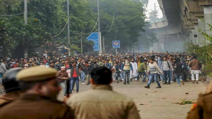 Situation worsen in Jamia millia amid CAB protest by students