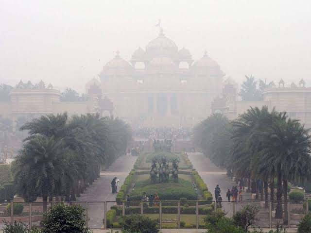 Air quality in Delhi dips to very poor, light rains likely today
