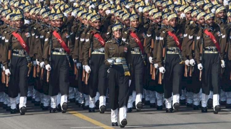 Historic judgment SC orders Centre to give Permanent Commissions to Women officers in Army