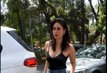 Kareena Kapoor in black spaghetti top and denim pants