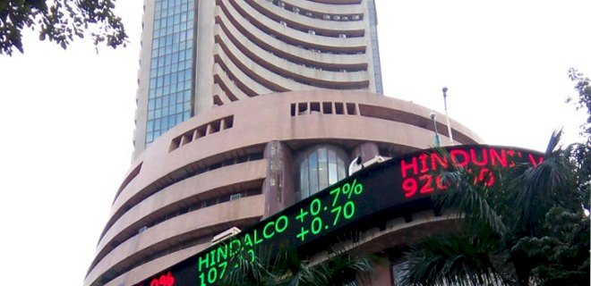 Sensex is up 501.46 points or 1.64%