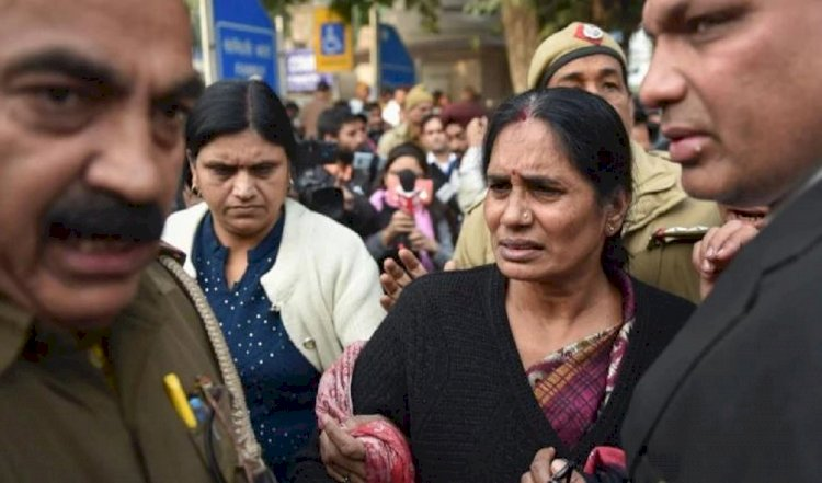 Very happy that my daughter will finally get justice, says Nirbhaya's mother