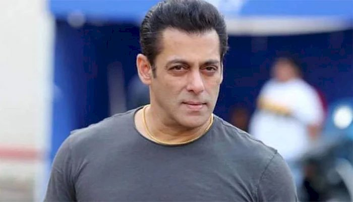 Salman Khan begins transferring money to daily wage workers, makes initial payments of Rs 3000 for each