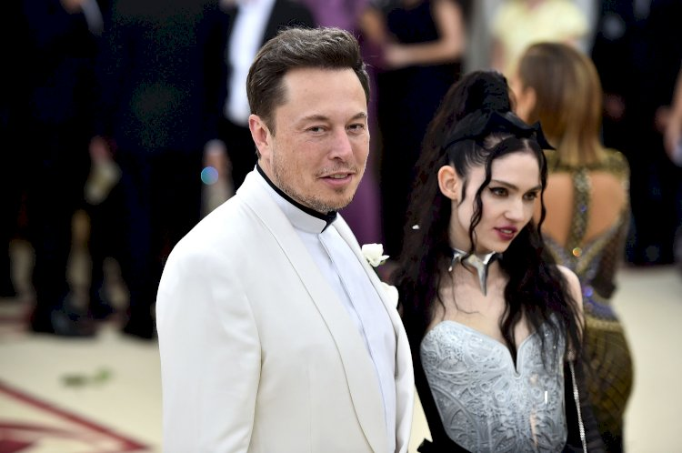 Elon Musk and Grimes name son X Æ A-12 ,trends in twitter with funny memes and jokes