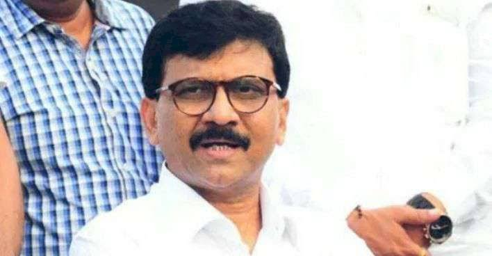 Shiv Sena leader Sanjay Raut takes dig at Centre, says only 20 people can attend funeral, but 1000 can gather at liquor shops