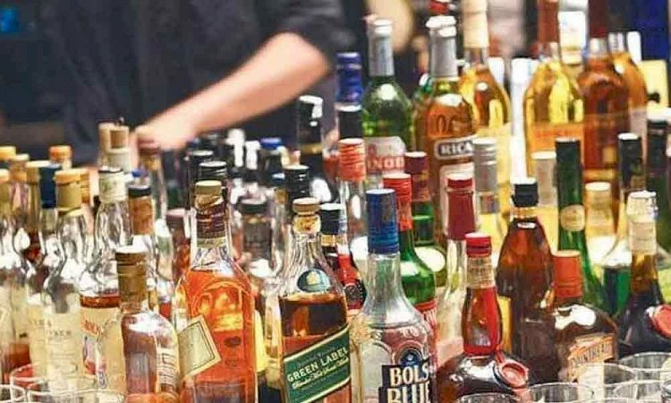 Kerala hikes liquor prices by 10-35% to tide over coronavirus challenges