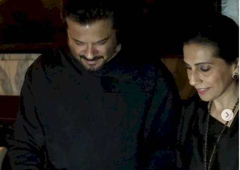 Sonam and Rhea wish parents Anil Kapoor and Sunita on 36th anniversary: Your love story is the best