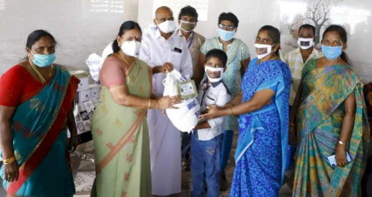 Transparent coronavirus masks to help the hearing-impaired: TN launches pilot project
