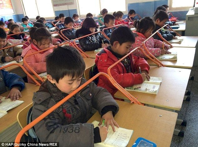 40 primary students, teachers stabbed in primary school in China