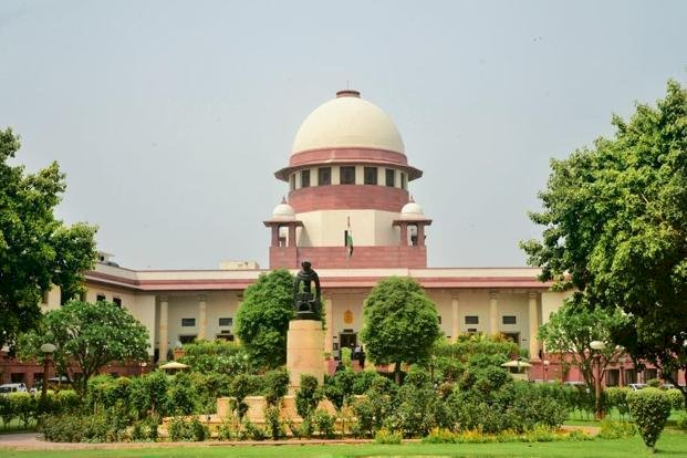 Supreme Court says all migrant labourers must be sent back in 15 days, Centre must give trains in 24 hours