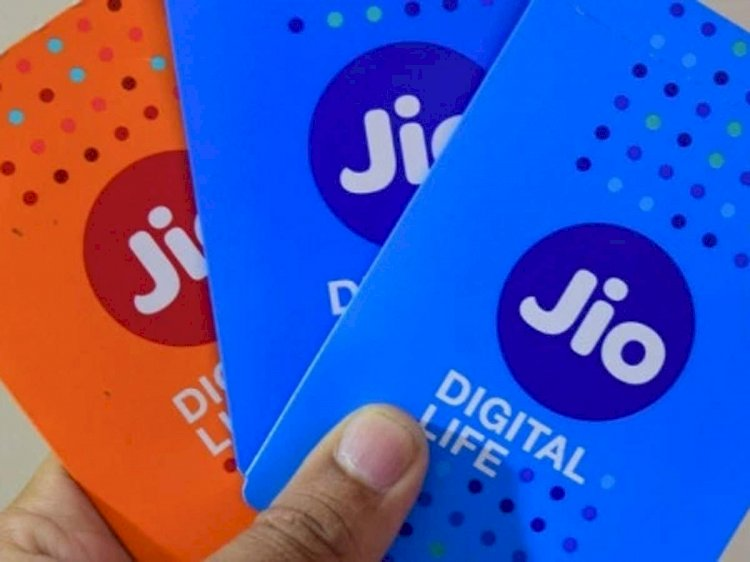 Reliance Jio Rs 222 pack comes with free Disney+ Hotstar VIP subscription for a year