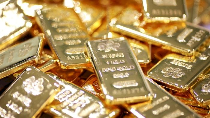 Gold highs of Rs 48,333 per 10 gm