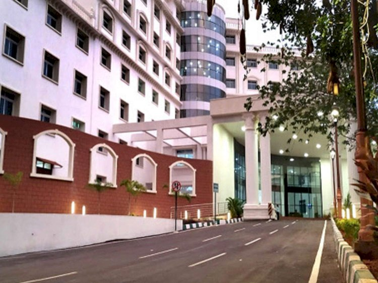 Karnataka govt turns 100 rooms of plush Bengaluru hotel into Covid centre for ministers, MLAs