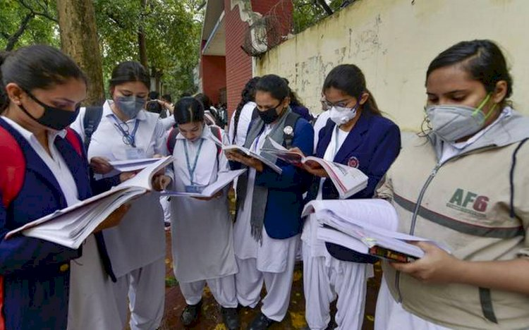 CBSE cancels pending board exams for Class 10, 12 for now