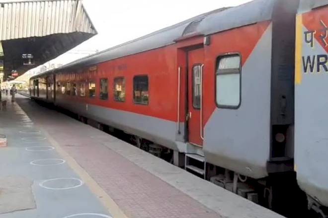 Railways charts Rs 1,800-crore plan to employ returned migrants for next 125 days