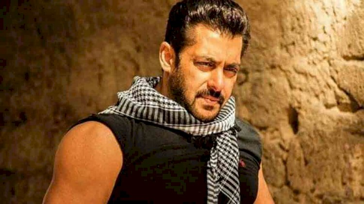 Salman Khan shows off biceps in new post-workout pic