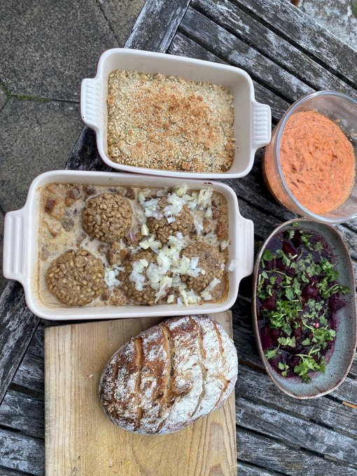 UK man cooks Mesopotamian meal with the help of recipes from 1750 BCE.