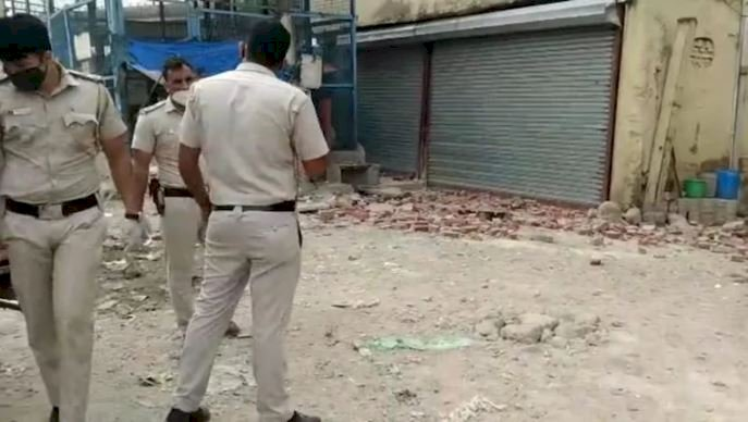 Hindu Rao illegal building collapse kills cop, injures another