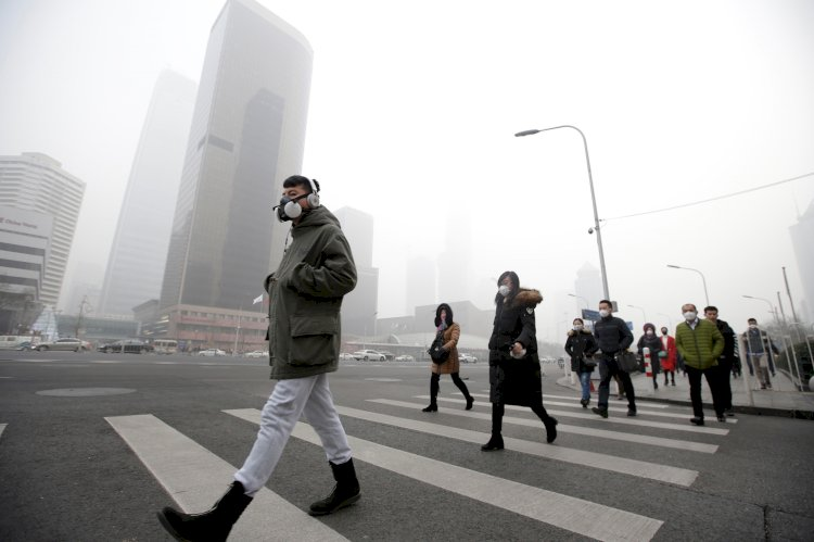 Air pollution in China drops by 10% owing to coronavirus restrictions