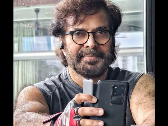 Mammootty sweats it out at the gym in latest pic: Work at home