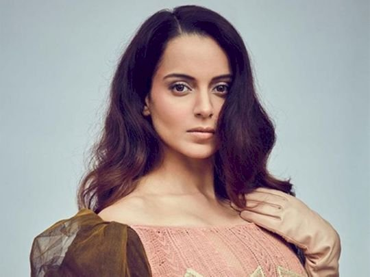 Aren't you anguished by the treatment I am given by your government in Maharashtra: Kangana Slams Sonia Gandhi