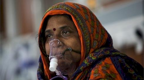 India records single day spike of over 83,000 cases, 1,054 deaths