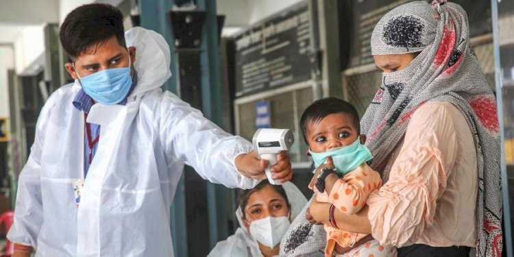 India's coronavirus tally crosses 67-lakh mark with spike of 72,049 new cases