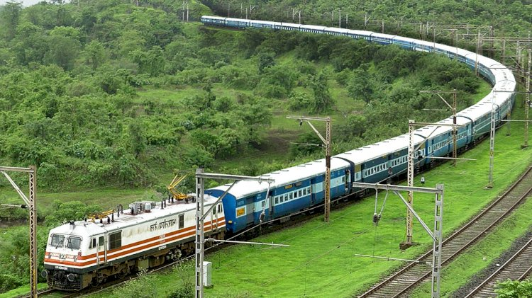Booking, cancellation of rail tickets allowed till 5 minutes before departure from today