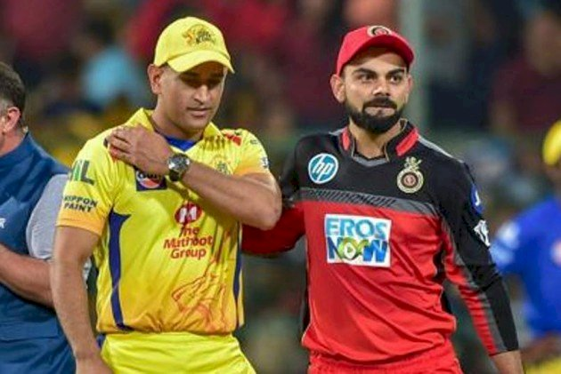 Dhoni Vs Kohli : Villiers feels RCB not far off from their best ahead of CSK game