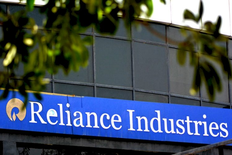 Reliance Industries slips over 7% post Q2 results