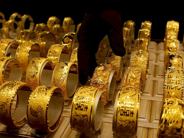 December Gold contracts were trading trading lower by 0.35 percent