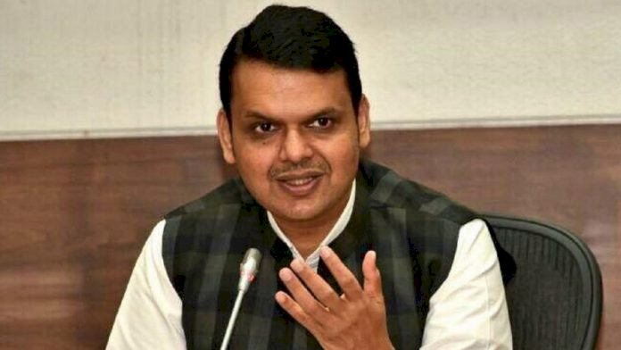 Never seen a CM who keeps threatening people: Fadnavis on Bombay HC's decision over Kangana's Bungalow