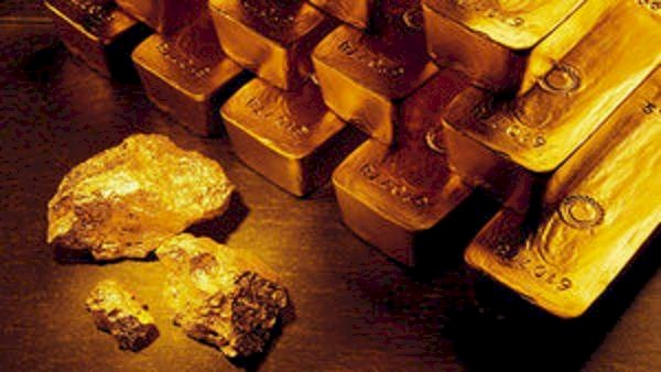 Gold metal trades above Rs 48,000, may face support at 48,330