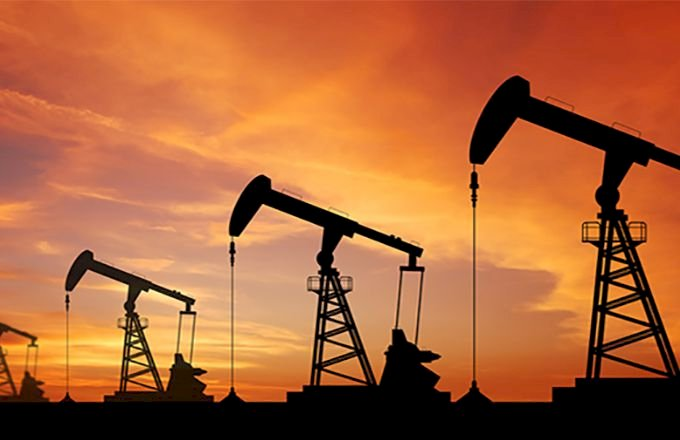 Oil crude futures rose 18 cents or 0.4%