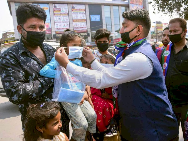 India reports 23,068 new Covid-19 cases